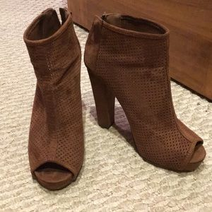 EUC Sexy Open-Toe Suede Boots
